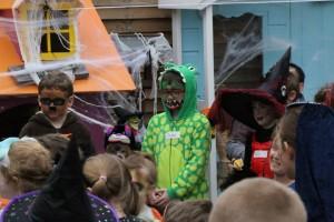 Halloween-costumes-03