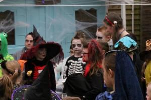 Halloween-costumes-04