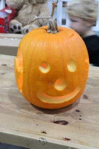 Pumpkin-carving-03